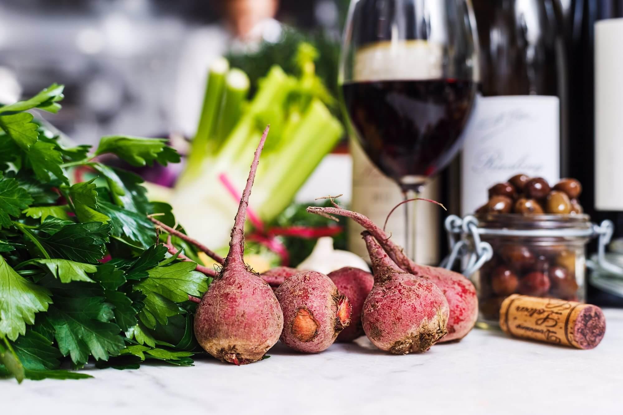 mat och vin i kombination